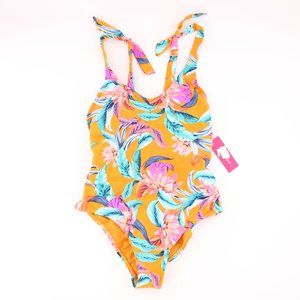 NWT Coconut Girl Aesthetic Floral Print M